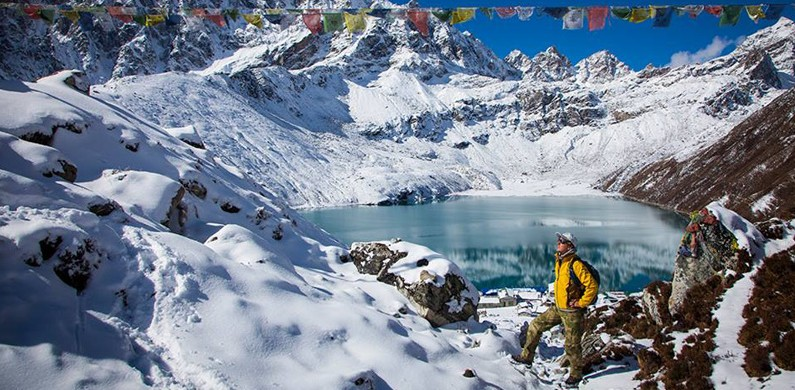Nepal: Gokyo Lakes with Paganels 2015